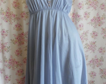 1970s Blue Nylon Shortie Nightgown Sleepwear Gown Vintage Lingerie M/38
