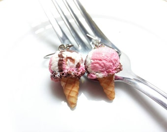 Neapolitan Ice Cream Cone Charm, Ice cream Necklace, Ice cream Earrings, Neapolitan Ice Cream Charm, Ice cream Jewelry, Miniature Food
