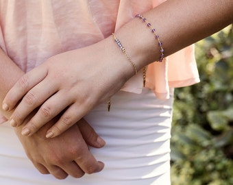 Amethyst protection bracelet. Womens bracelet. Purple bead bracelet. Gemstone bracelets. Amethyst bracelet. February birthstone bracelet.