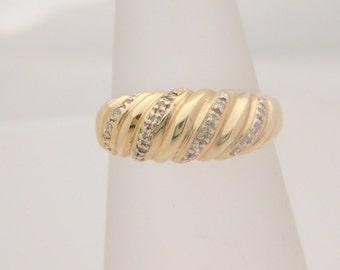 0.15 Carat T.W. Ladies Round Cut Diamond Band 14K Yellow Gold Ring