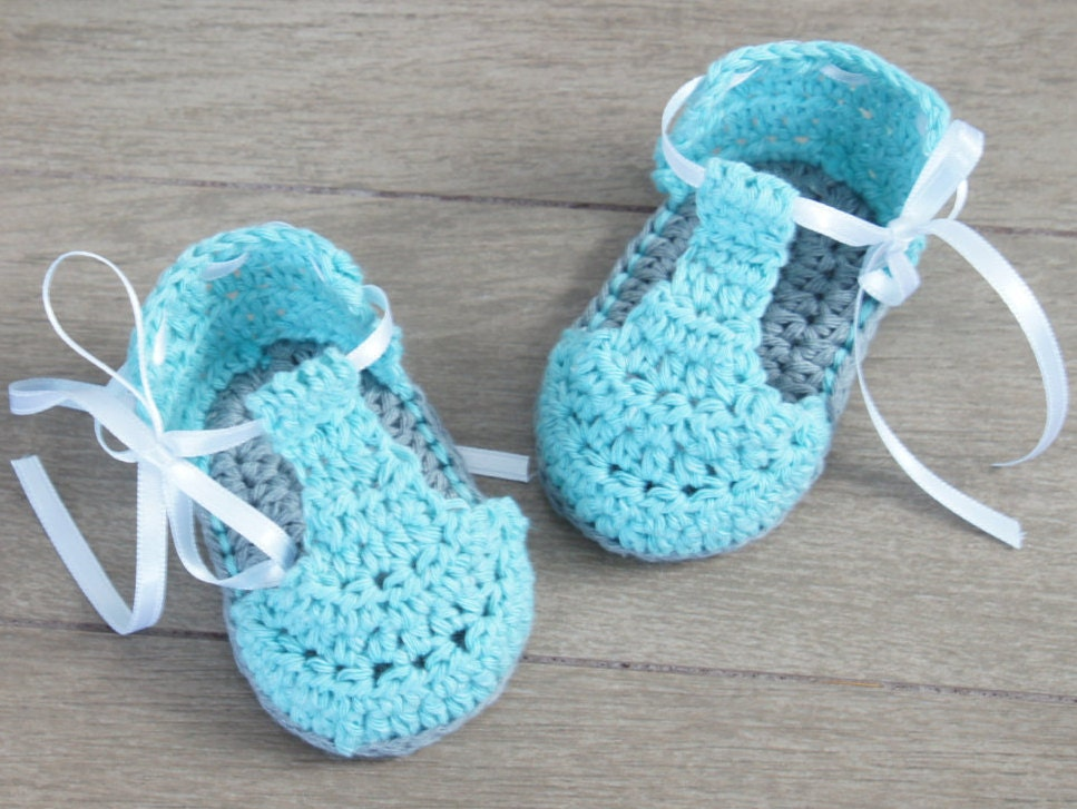 Baby Booties Dresses Christening Gown Crochet Patterns : CROCHET PATTERNcrochet baby booties no34crochet baby