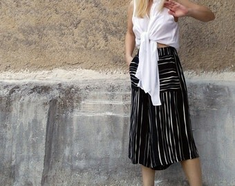 Black and white striped culottes-cropped pants-womens cropped pants-womens summer culottes-womens pants