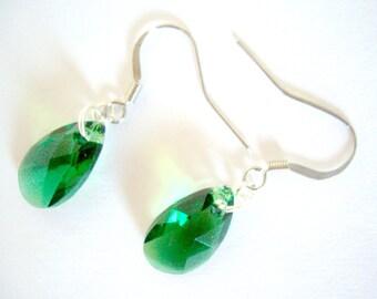 Green Swarovski Crystal Earrings, Swarovski  Earrings, Green Swarovski Earrings, Swarovski Pear Earrings