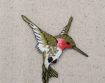 Hummingbird - Large - Ruby Red Throat - Facing Right - Iron on Applique - Embroidered Patch - 696075-A