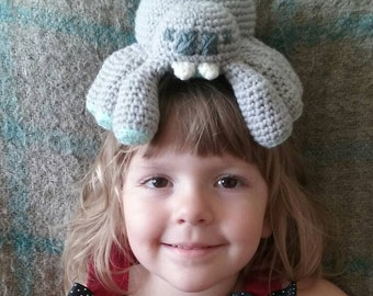 crochet baby spider plush toy- choose your colors