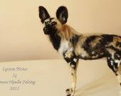 Needle felting African Wild Dog, Lycaon, needle felted dog sculpture,