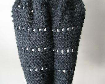 Infinite scarf knitting/Charcoal