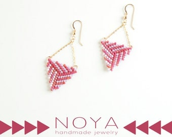 Geometric HANDMADE gold filled earrings, pink & purpel, with gold filed chain BEADWORK