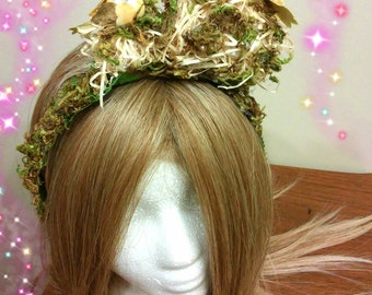 Elven Crown, Forest Fairy, Faerie Costume, Woodland Headpiece, Whimsical Wedding, Bridal Tiara, Renaissance Outfit, Moss Headdress