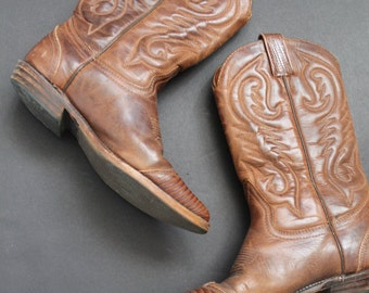 Brown Cowboy Boots 100% genuine leather with crocodile inserts / size 7