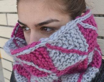 Chunky merino wool knit cowl