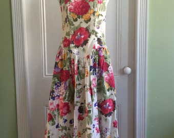Sweet Vintage 80s / 1980s Katie Mfg Strapless Floral Party Dress - Free Shipping!