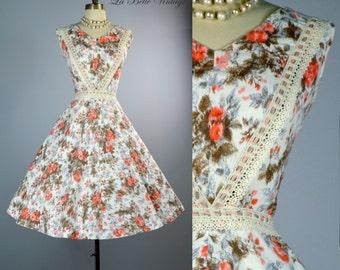 Vintage 1950s Floral Party Dress ~ Full Skirt Sundress ~ Crochet Lace Details