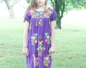 Vintage Mexican embroidered hippie dress // 1980s vintage// Coachella festival style