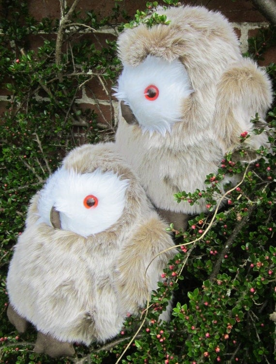 Stuffed Toy Owl, Barney Barn Owl, Beige Faux Fur Cuddly Toy Cool Toddlers Toy, Collectable Adult Toy, Cool Toy for Tots, Great Unusual Gift