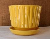 Vintage Bright Yellow BAMBOO MCCOY Planter Pottery Pot Golden Yellow Mid Mod Mccoy Bamboo Planter Pot Mid Century Ohio USA Modern Pottery