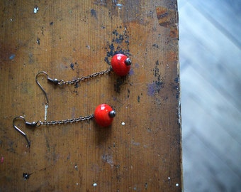 Cranberry dangle Glass bead earrings - handmade Red glass beads on gunmetal chain Minimalist zen Earrings