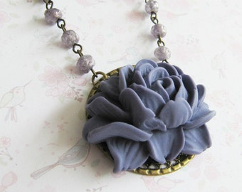 Purple beaded flower necklace, bronze vintage style jewelry, purple jewelry, for her, romantic jewelry, Europe