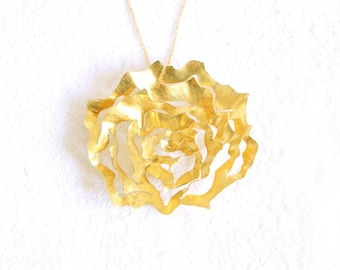 Fairmined gold pendant,Ethical pendant,Ethical rose,Fair trade gold,Gold chain,Fair trade gold 18k,Unique gold necklace,Ethereal rose