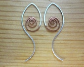 Sterling silver and copper abstract spiral hoop threader earrings. Minimal mixed metal one-piece ear jacket earrings for women and teens.