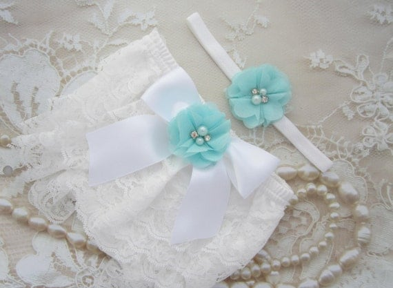 White Lace Bloomers with a Satin Bow and Turquoise Flower AND/OR Flower Headband, newborn photos, by Lil Miss Sweet Pea Boutique, foto bebe