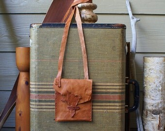 Cross Body or Shoulder Bag in Tan Leather