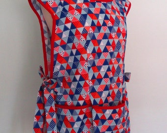 Red, White and Blue Cobbler Apron, Retro Apron, Patriotic Apron, Pull On Apron with Pockets, Smock, Full Coverage, Summer Celebration Quilt