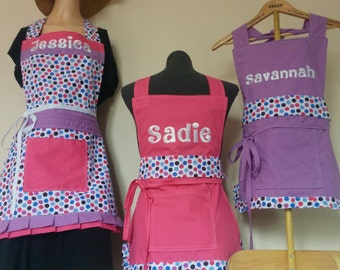 Customized Mommy or Daddy and Me Full Coordinating Aprons/Baking Aprons