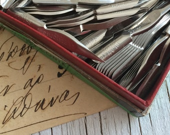 Empire Pen Co: 5 as new vintage nibs, stainless steel from Manchester in England. Art supply. Dip pen nibs.
