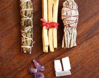Crystal Smudge Bundles Kit- Palo Santo, Yerba Santa, California White Sage, Amethyst, Selenite Cleansing Ritual Altar Incense Holy Wood