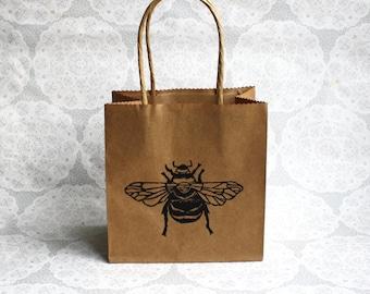 Bumble bee gift bag | Small kraft paper bag | Insects | Birthdays | Parties | Lino print | Handmade | Honey bee |