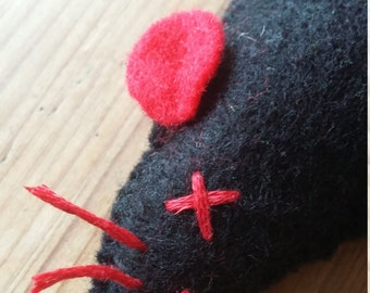 Mouse Cat Toy (Black and Red, Catnip filled)