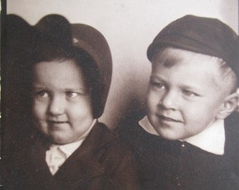 Cute As A Button 1940's Young Children Photo Booth Photo - Free Shipping