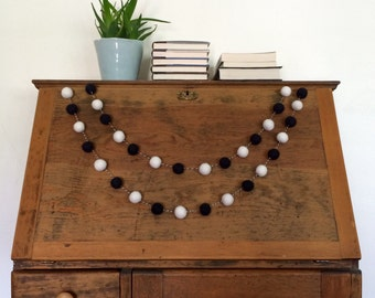 Black & White Felt Ball Garland