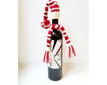 Wine Bottle Topper, Santa Midget Hat and Scarf, Knitted Wine Bottle Topper, Knitted Christmas, Christmas Gifts, Wine Cozy, Red and White