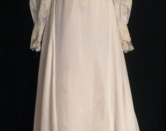 BoHo Vintage 60's Candle Light White Wedding Gown     VG196