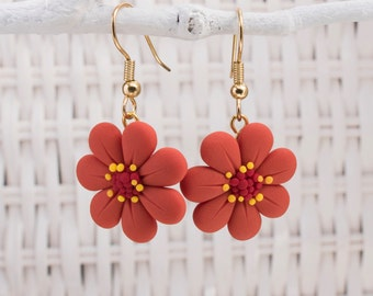 Flower Earrings, Polymer Clay Flower Earrings, Valentines Day Earrings, Daisy Earrings. Garden Earrings. Florist Earrings, Environment Clay