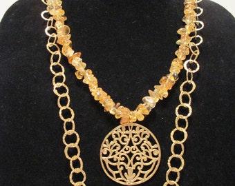 JOYFUL CITRINE gold leafy pendant