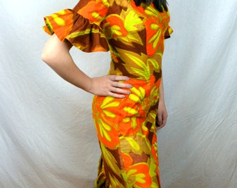 Vintage 1960s Hawaiian Fitted Dress - Made in Hawaii