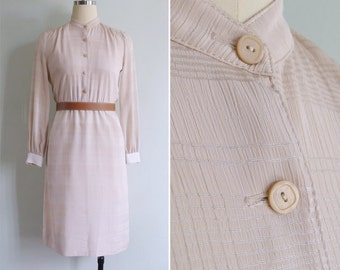 10 to 25% OFF (See Shop) Vintage 80's 'Chai Latte' Cream Plaid Silky Mandarin Collar Dress S or M