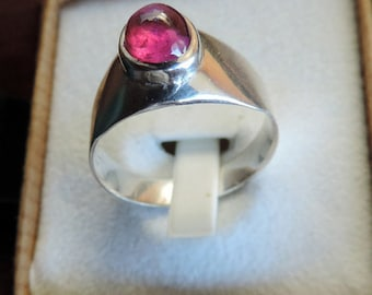 Ring man or woman in sterling silver and Garnet Rhodolite (2.07 carats). #RHODOring2.