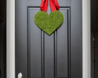 Valentines Day Wreath.  Heart Wreath.  Valentine Wreath.  Moss Heart with Burlap Bow.