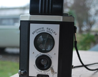 Vintage Kodak Brownie Reflex Syynchro Model