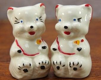 1940s American Bisque Teddy Bear Salt Pepper Shakers ~ Cookie Jar Companion Shakers ~ Cute!