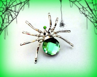 50% SALE Spider Pin..Green Spider Brooch..Halloween Pin..Halloween Brooch..Wicked Witch Costume Accessory..Halloween Jewelry..Witch Jewelry