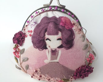 Embroidered romantic purse - vintage purse