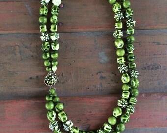 Vintage 60s  green beaded multi-strand necklace, tiki/Polynesian