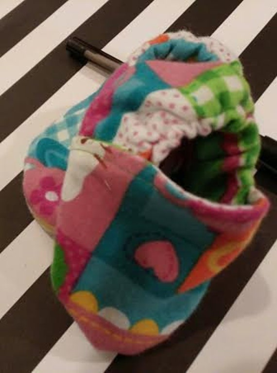 Multicolored Hello Kitty Baby Booties/slippers/shoes