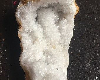 Curved Crystal Geode