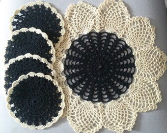 Crochet Sunflower Doily with Coasters, Big Sunflower Doily and Set of Coasters,Crochet Table Decoration,Crochet Home Decor